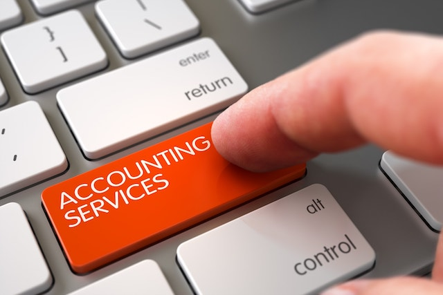 why-should-you-outsource-your-accounting-and-tax-services
