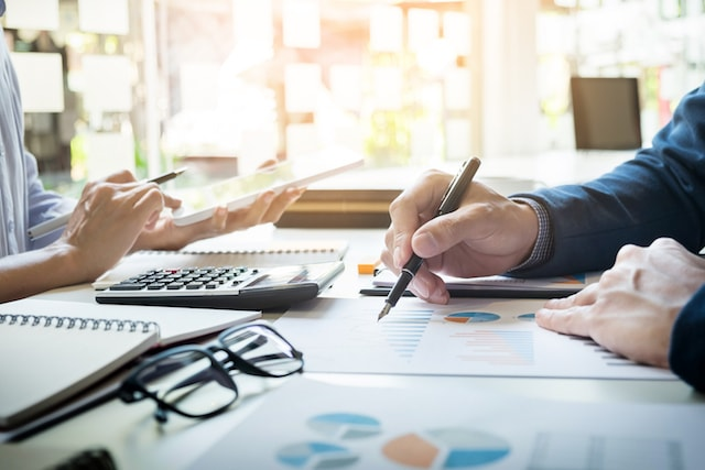 How Accountants Can Help To Reduce Your Uncertainty