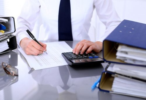 Hire A Professional Bookkeeper or Do It Yourself – Which Is Better For Your Business?