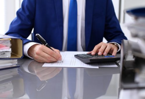 Top 4 Benefits of Outsourcing Bookkeeping For Small to Medium Businesses