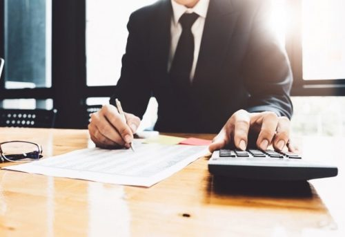 What is the Difference between Bookkeeping and Accounting